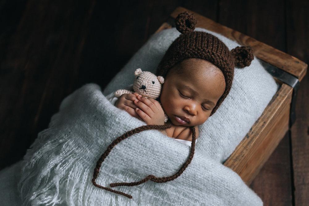 Newborn 2018-11.jpg