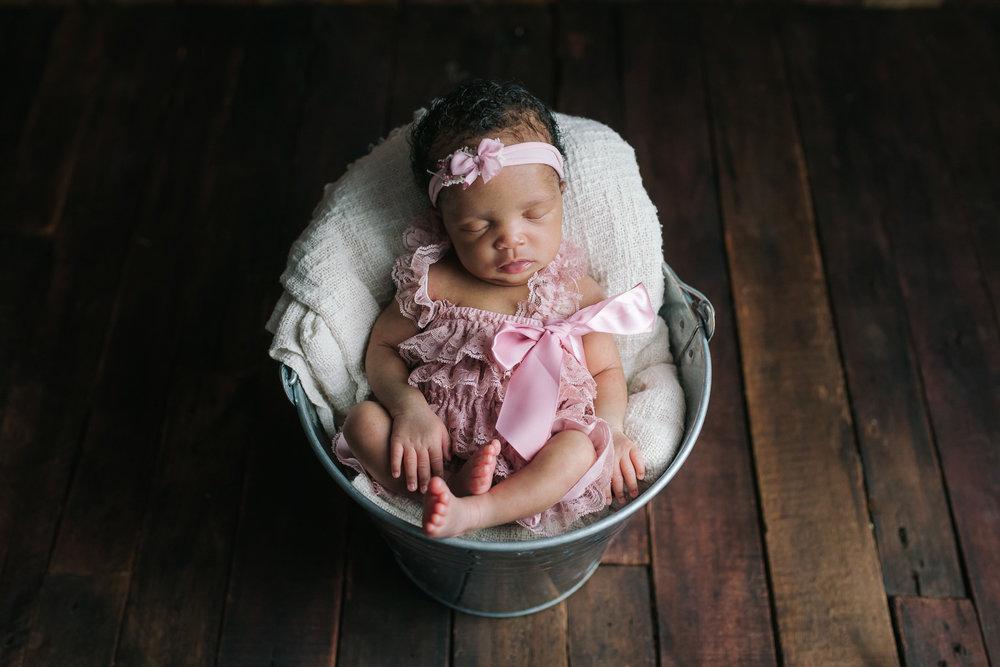 Newborn-41.jpg