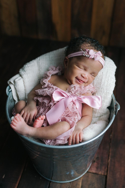 Newborn-42.jpg
