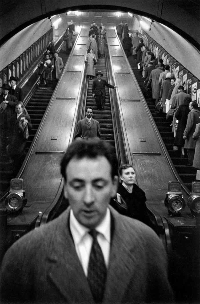 (1958-9) Baker Street Underground Station