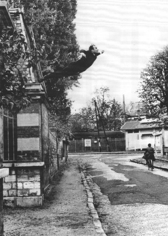 Leap into the Void (1960), Shunk-Kender © Roy Lichtenstein Foundation