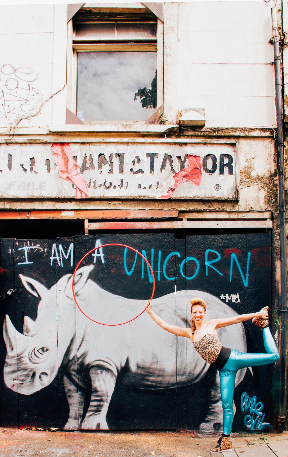 Jodhi Doherty, hoola hoop artist