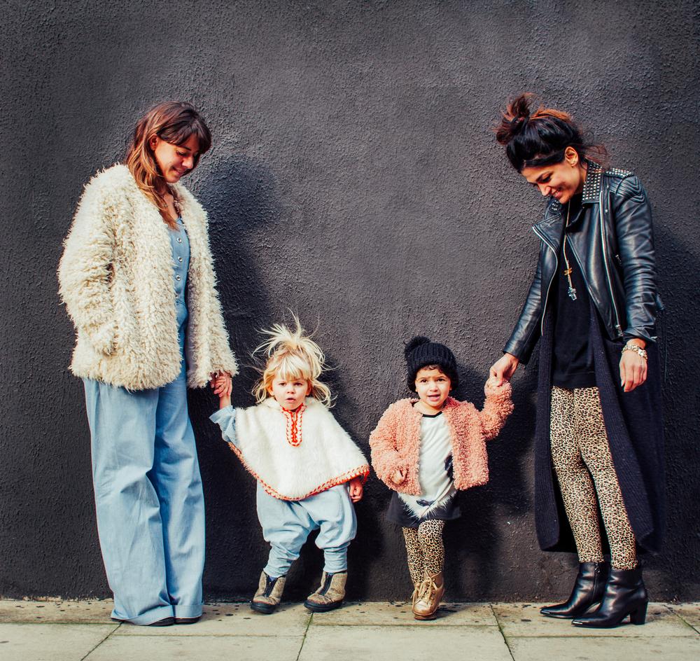 Mums and kids streetstyle, Smallish Magazine