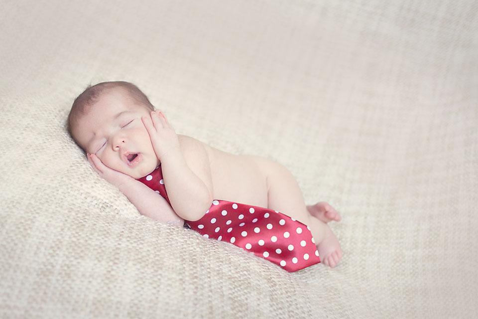 Newborn Sleeping Tie