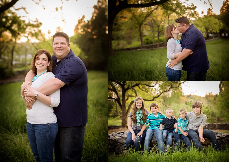 Click to See More! Northern Virginia Family Photography. Winchester VA Family Photographer.Large Family Poses. Outdoor spring family portraits. www.kensiem.com | Northern Virginia Photographer