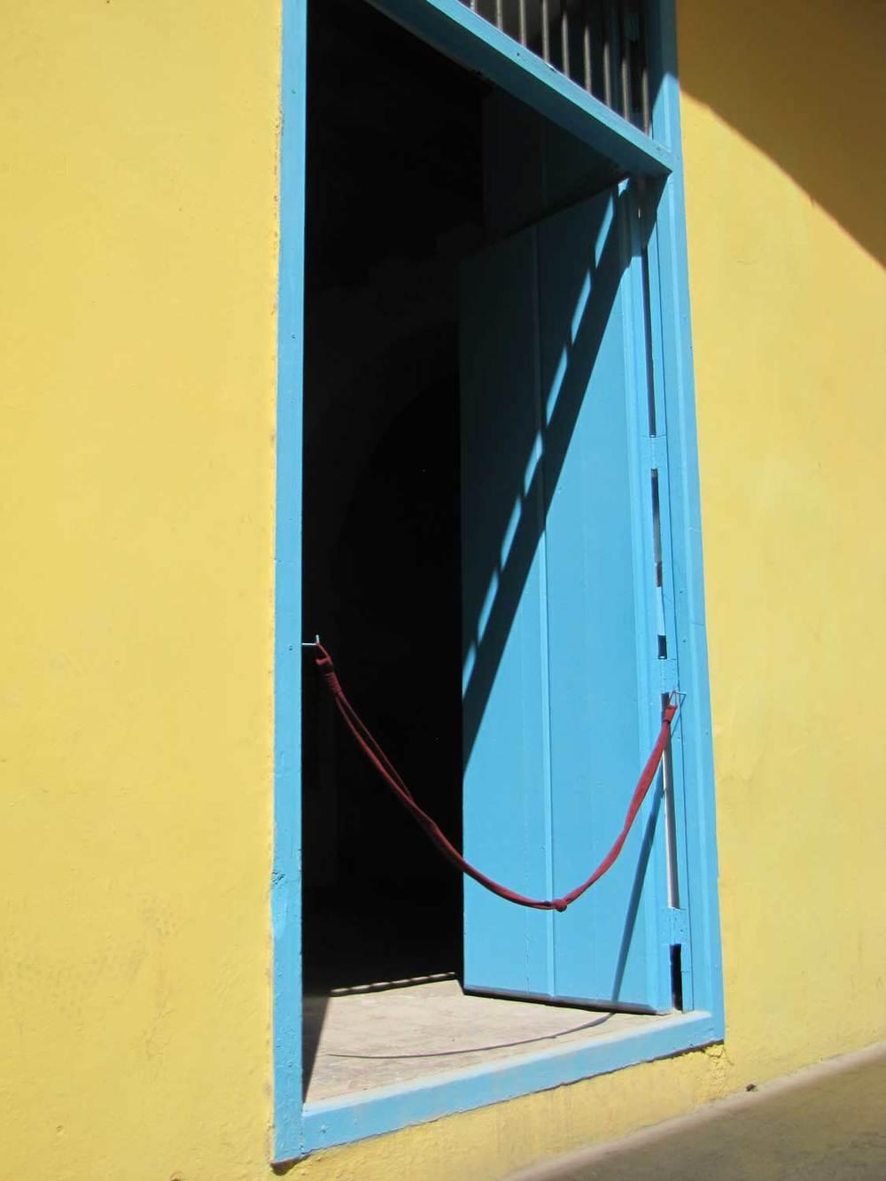 Blue-door-IMG_9843.jpg