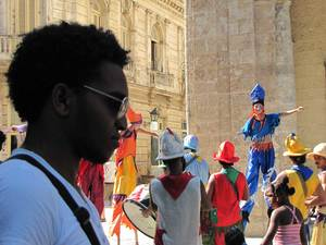 Web-Afro-and-'Puppets'.jpg
