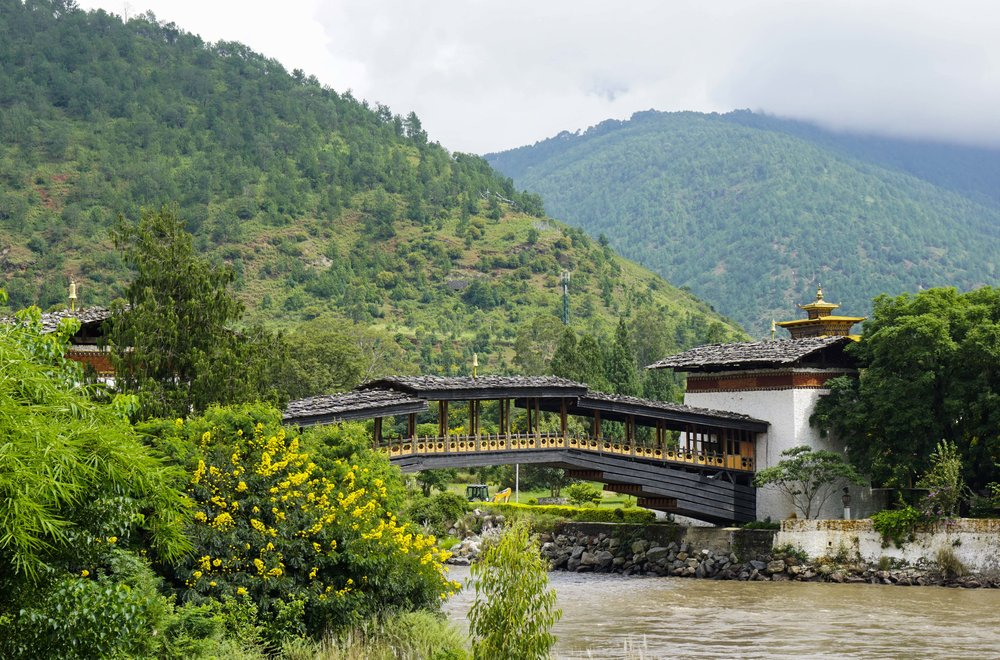 A beautiful covered bridge at the Punakha Dzong