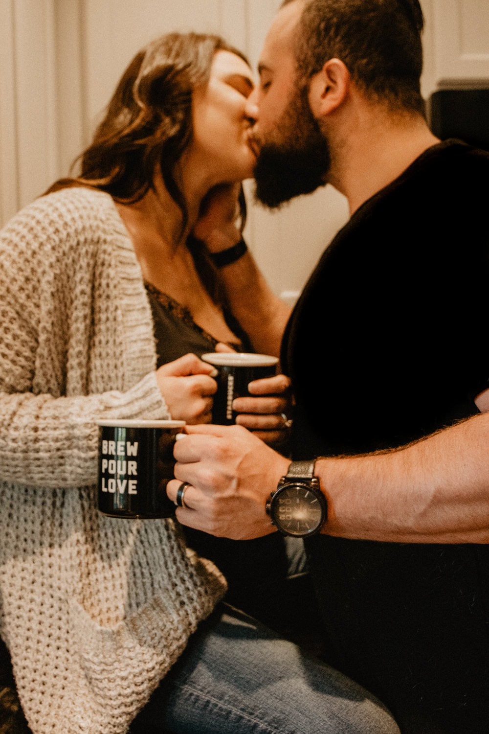couples+session+with+dog+coffee+date