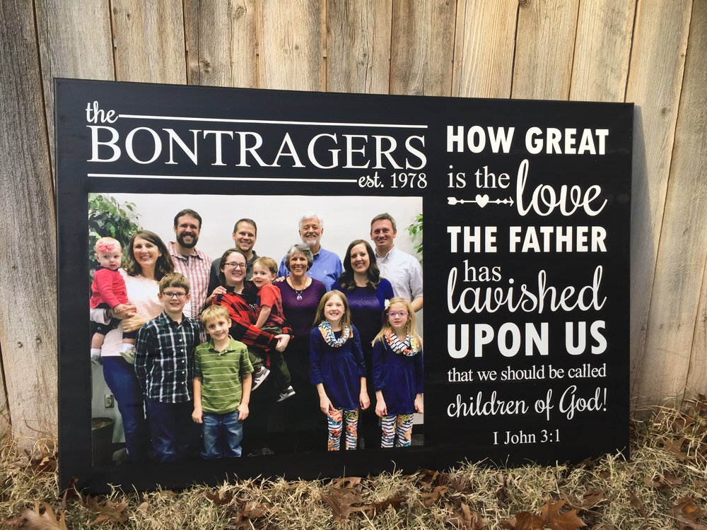 Canvas with Family Picture and Scripture