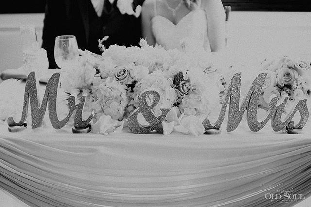 🥂 . #OSPweddings #weddingwednesday . . . #mrandmrs #details #weddings #bride #groom #venturacounty #weddingday #weddingphotographer #weddingphotography #junebugweddings #weddinginspiration #weddingstyle #stylemepretty #weddingwire #theknot #wedding #photooftheday #togetherjournal #californiaphotographer #engagementsession #gettingmarried #authenticlovemag #wedding #radstorytellers #junebugweddings #weddingreception #destinationphotographer #destinationweddingphotographer