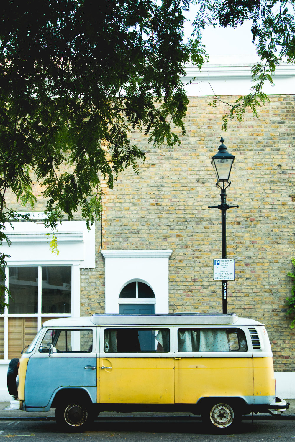 retro car london