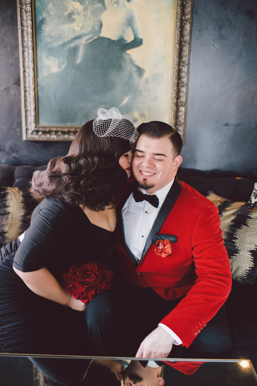 GLAMOROUS OLD HOLLYWOOD CALIFORNIA ELOPEMENT WITH THE BRIDE IN A BLACK WEDDING DRESS, Art & Soul Events, Evangeline Lane Photo, Culver Hotel