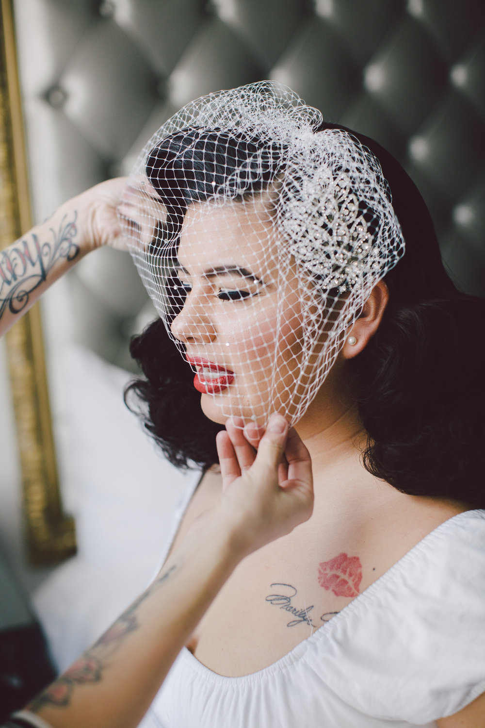 GLAMOROUS OLD HOLLYWOOD CALIFORNIA ELOPEMENT, Vintage Bride with a fascinator veil, Art & Soul Events, Evangeline Lane Photo, Culver Hotel, Hair by Miss Rockabilly Ruby