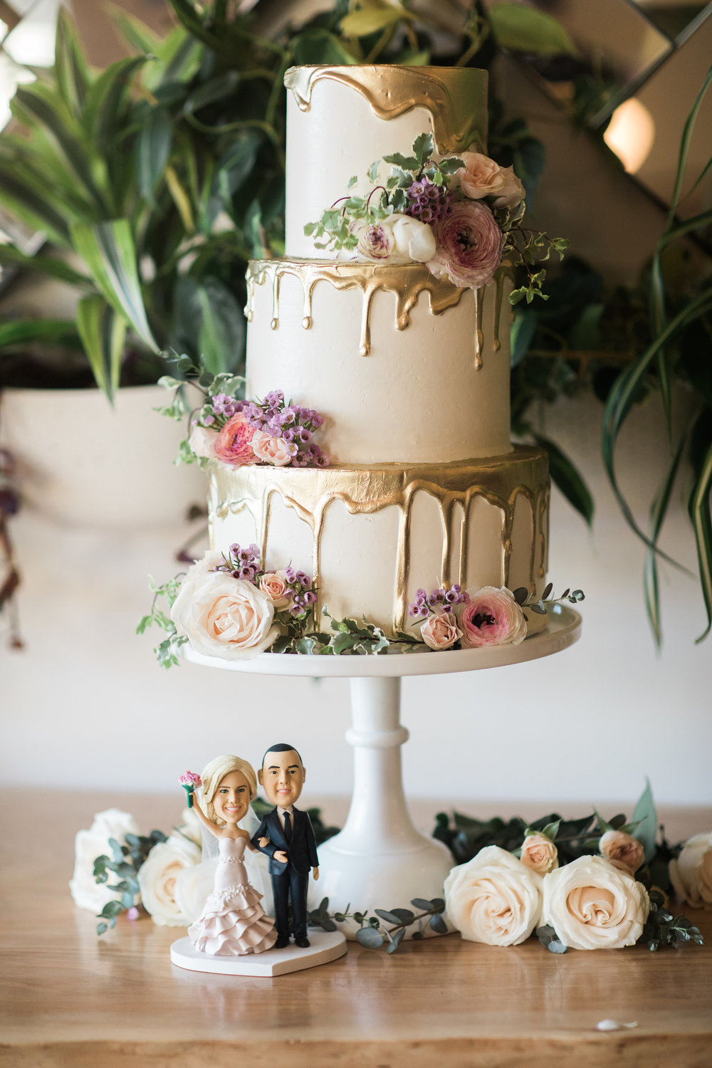 Sarah + David // Photographer:  Casey Brodley , Cake:  Nicole Bakes Cakes , EFW Floral Design