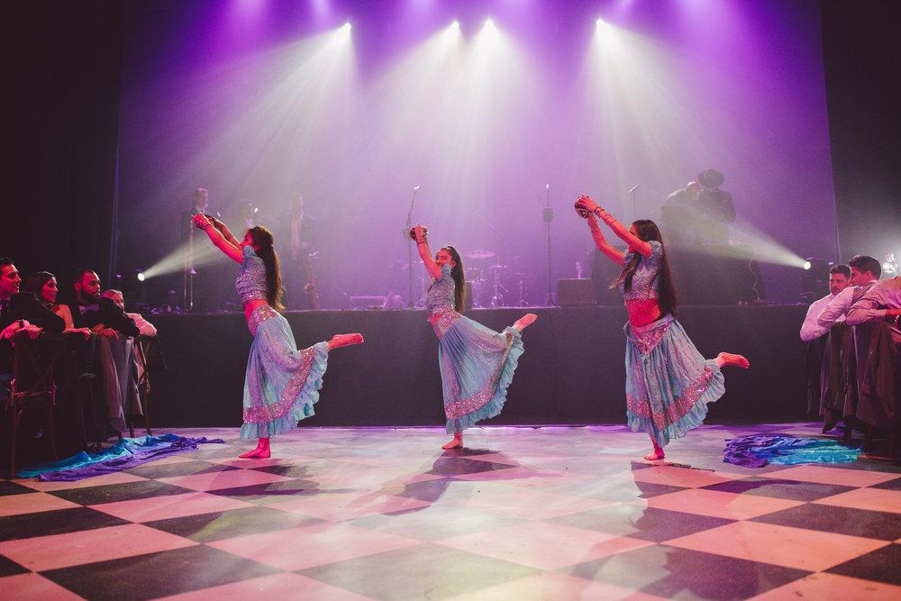 The-Fonda-Theatre-Los-Angeles-Wedding-Indian-Dancers