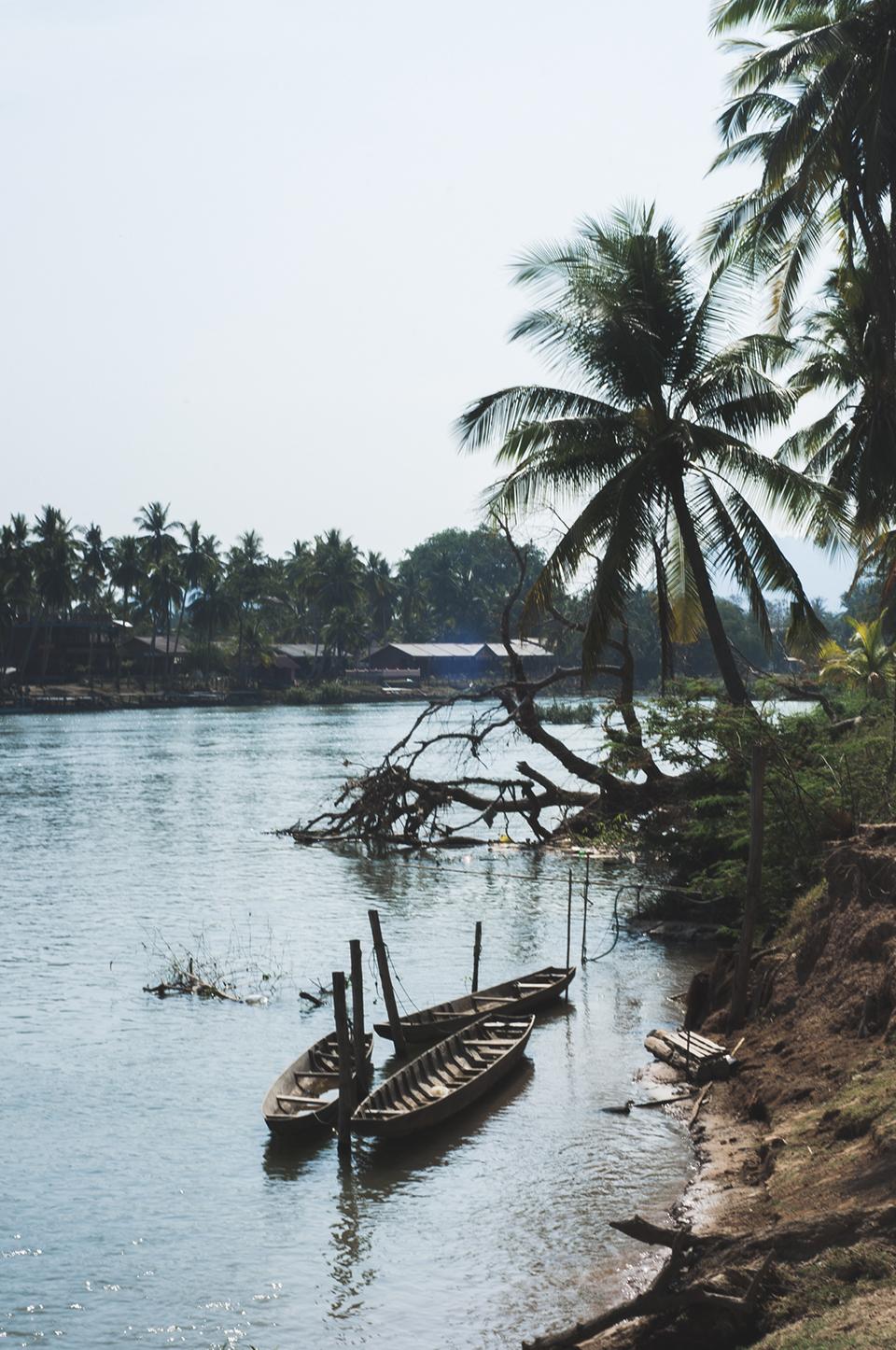 laos_island_2.jpg