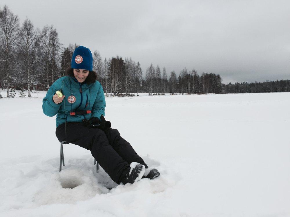 ice-fishing-002.jpg