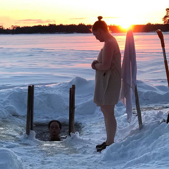 #iceswimming in the #beautiful #sunset in the #iceswimmingpool of #lomahossa in #finland. #visitfinland #visithossa #winterwonderland  #winter #frozen #outdoors #beach #outdoorslife #nature #naturelovers #goodforyourhealth #adventure #onceinalifetime #youradventureofthelifetimebeginstoday #upitrek #adventureapes #rajakartano #sauna #finnishlifestyle #getoutdoors