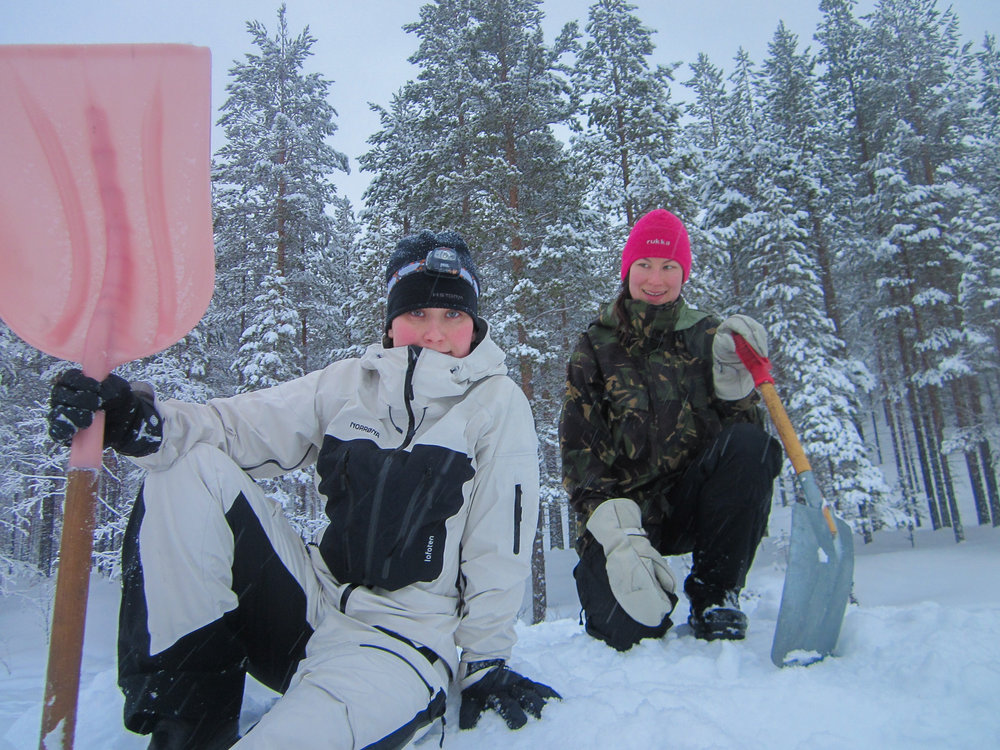 adventure_apes_kuusamo_igloo_building_002.JPG