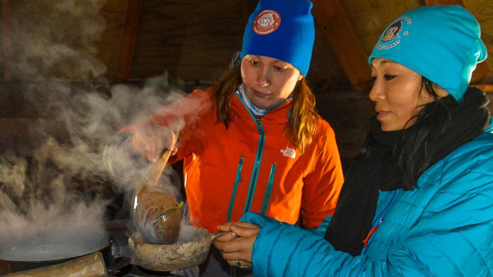 adventure_apes_kuusamo_outdoor_cooking_008.JPG