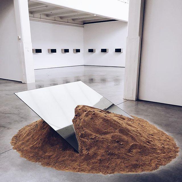 Leaning Mirror, Robert Smithson