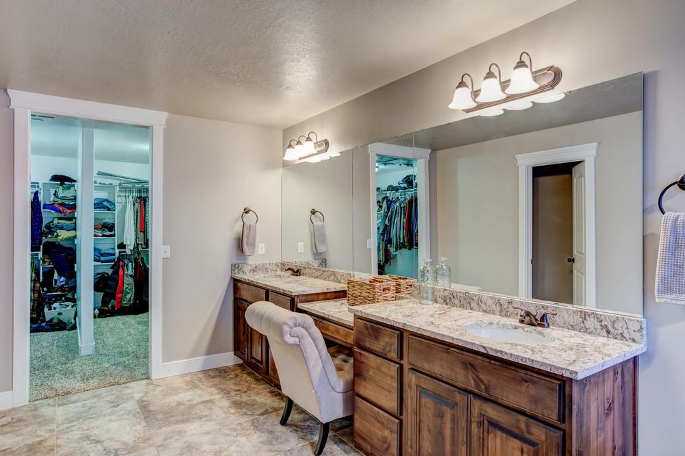 Sutherland-Bathroom-1.1.jpg