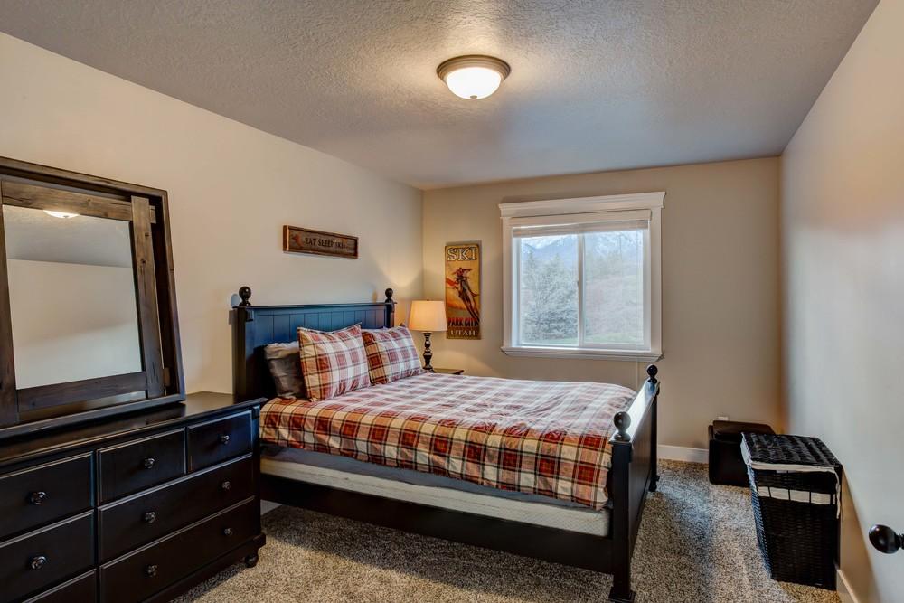 Sutherland-Bedroom-2.2.jpg