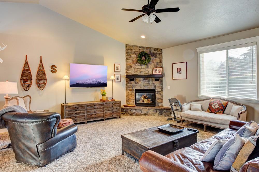 Sutherland-Living-Room-1.jpg