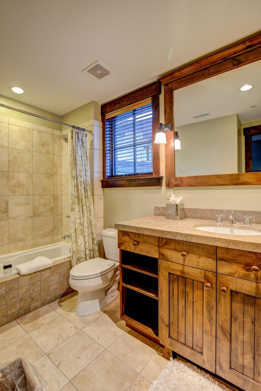 silver-star-505-bedroom-2-bath.jpg