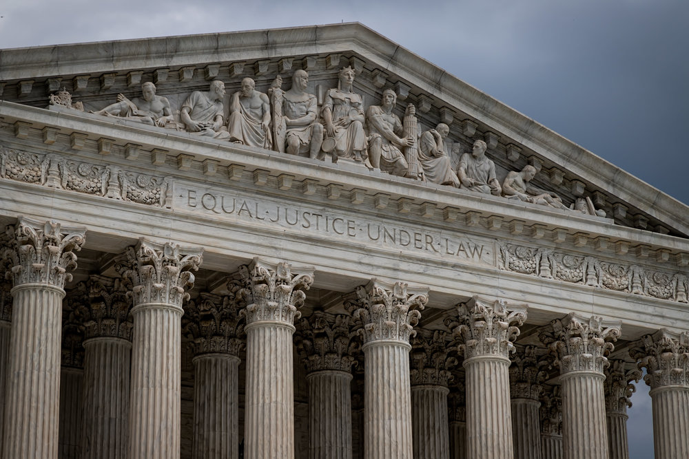 Thin Spaces in the SCOTUS Style Guide -