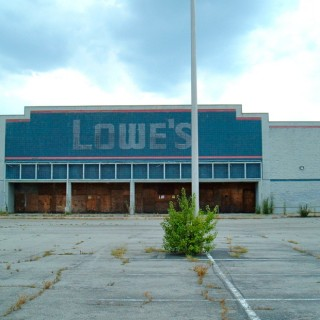 Big Box Empty Lowes.jpg