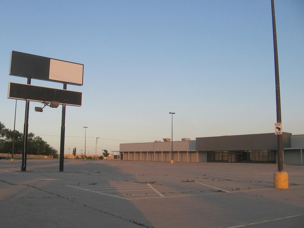 BigBoxWalmart2.jpg