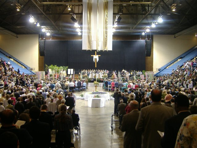Easter Sunday mass at the Salem Civic Center. One Body around One Table!
