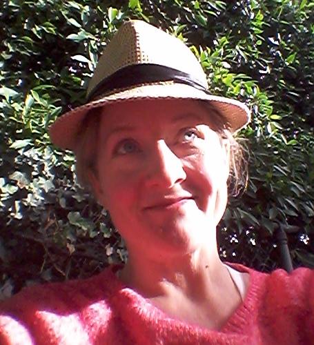Kerry E McKenna, intuitive healer, empath