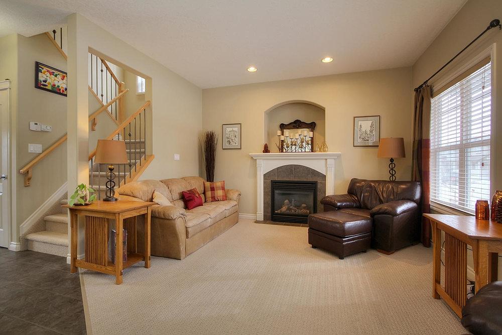 5424 Thibault Wynd-large-010-Living Room-1500x1000-72dpi.jpg