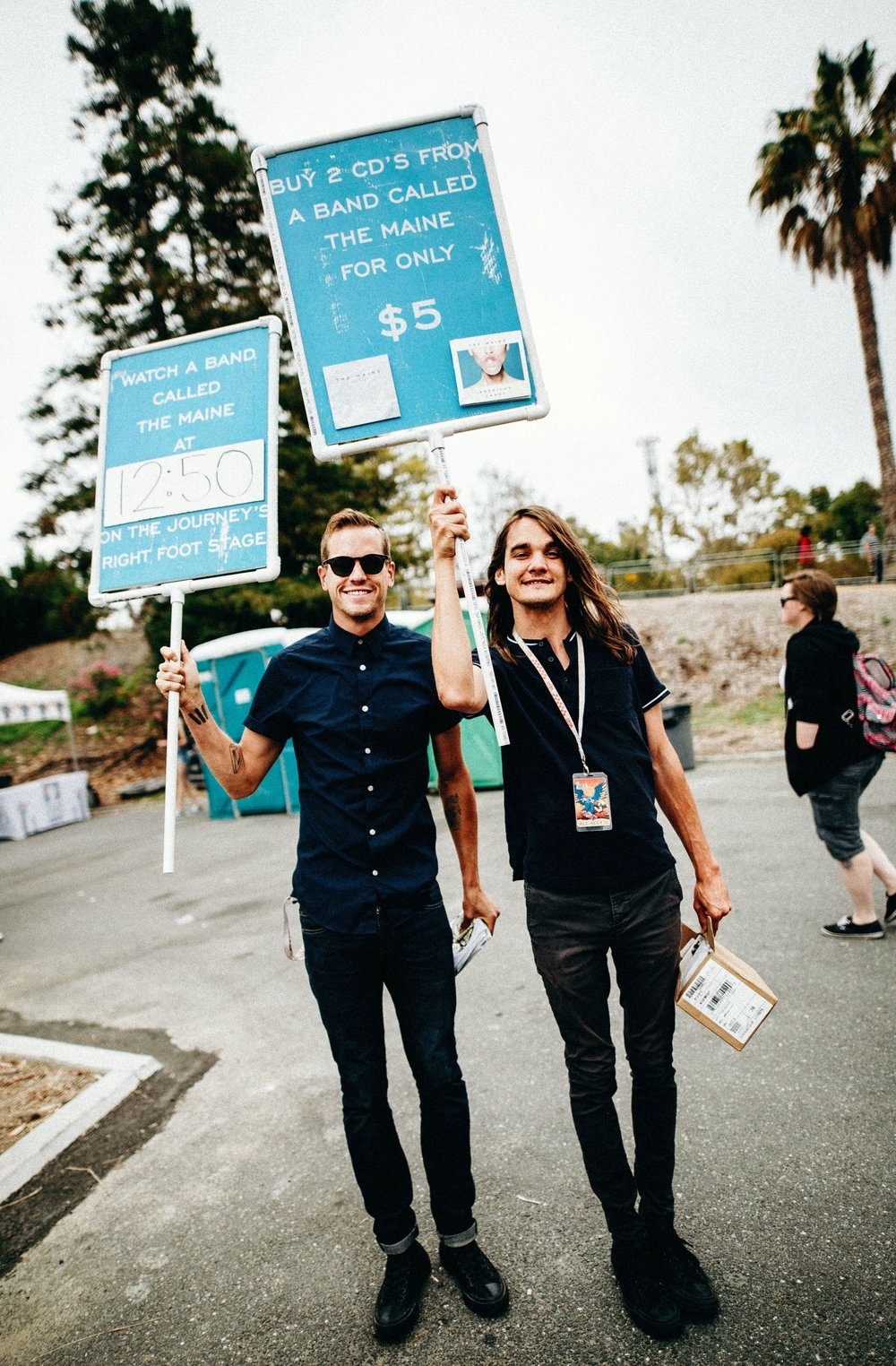 Kennedy Brock and Pat Kirch of The Maine, promoting the lines at Warped tour 2016