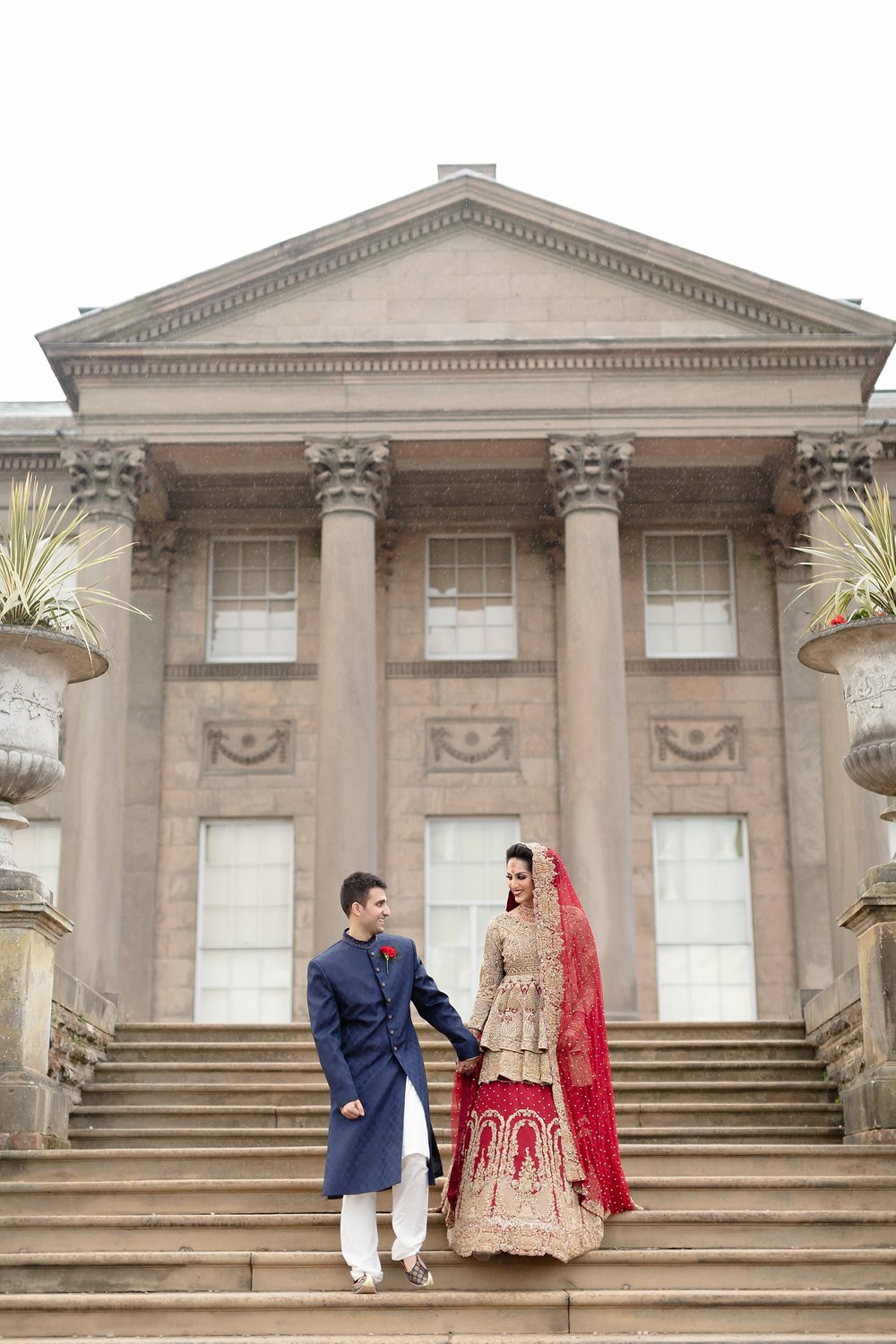 zehra female photographer tatton park wedding_0025.jpg