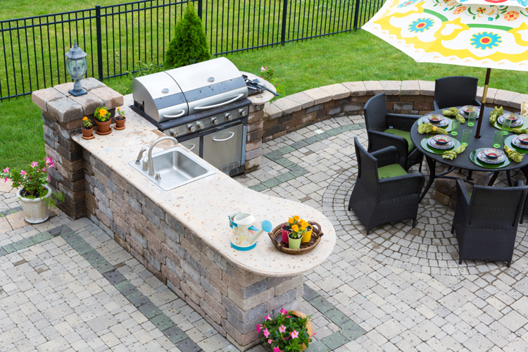 patio-bbq_photo1.jpg