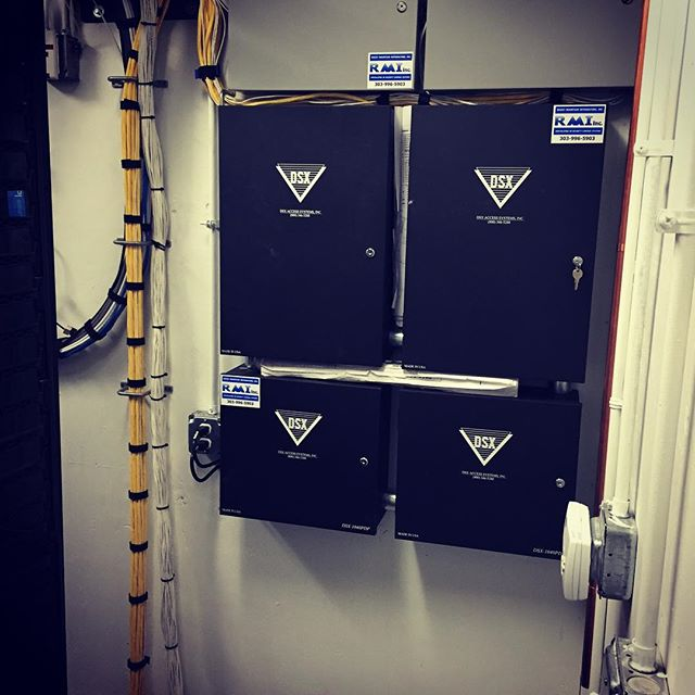 #dsxaccesscontrol system with two 8 reader control panels. #securitycontractors #securitycontrolsystems #physicalsecurity #rmisecurity