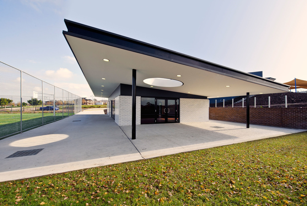 "Mother Theresa Primary School<a href=""/area-of-your-site""></a><strong>Craigieburn</strong>"