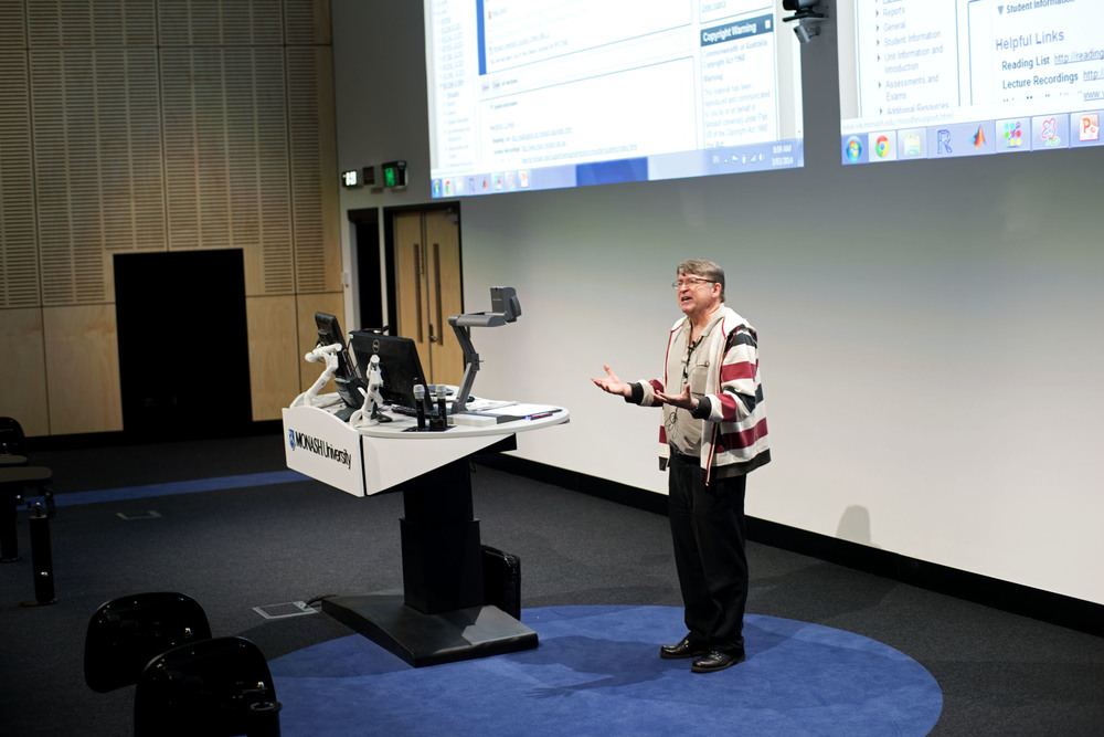 Monash S1 Lecture Theatre_Unknown_LRWeb (1).jpg