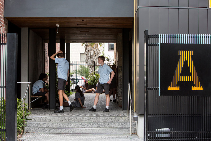"Albert Park College Environmental Arts Hub<a href=""/area-of-your-site""></a><strong>Albert Park</strong>"
