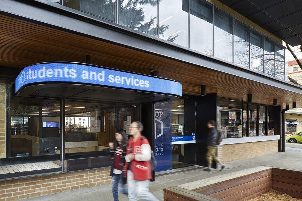 Student-Services_UniMelb_Alice-Hutchison_Print_06.jpg