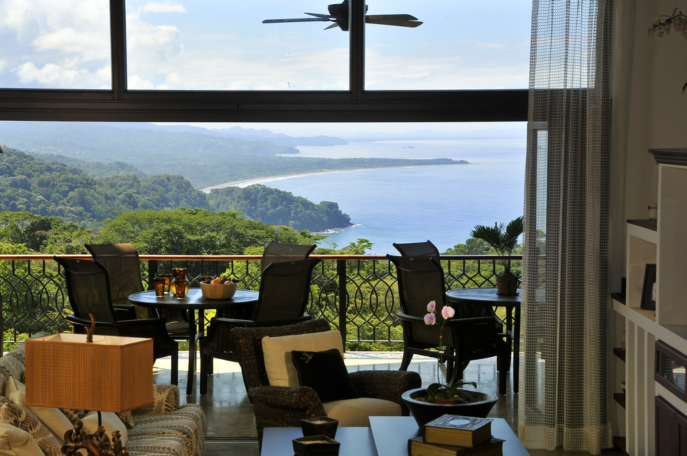 flex5-yoga-retreat-costa-rica-living-room-ocean-view.jpg