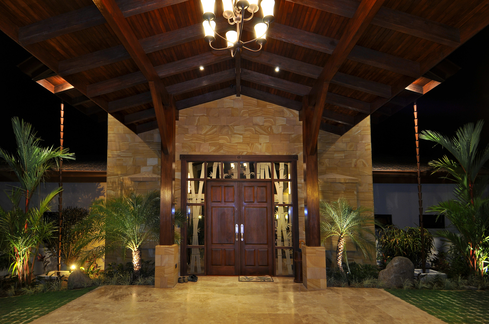 flex5-yoga-retreat-costa-rica-villa-front-door.jpg