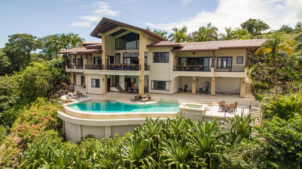 flex5-costa-rica-yoga-retreat-casa-big-sur-villa-overview-puntarenas-costa-rica