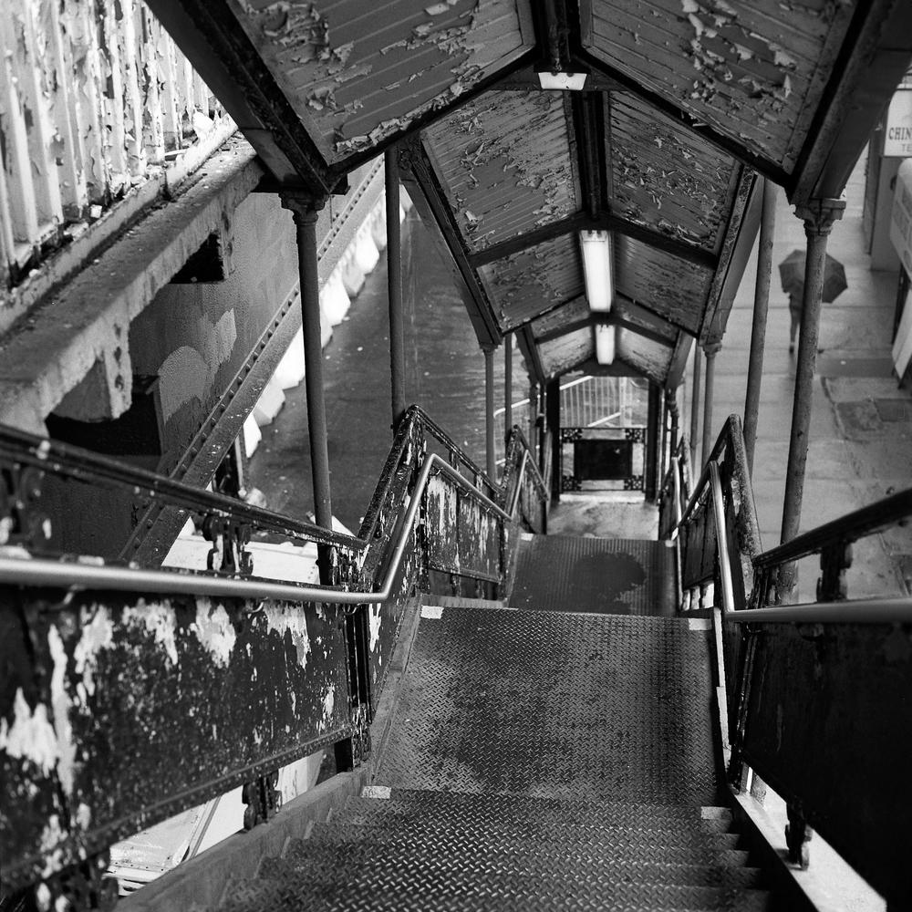 Subway Terminus Bronx.jpg