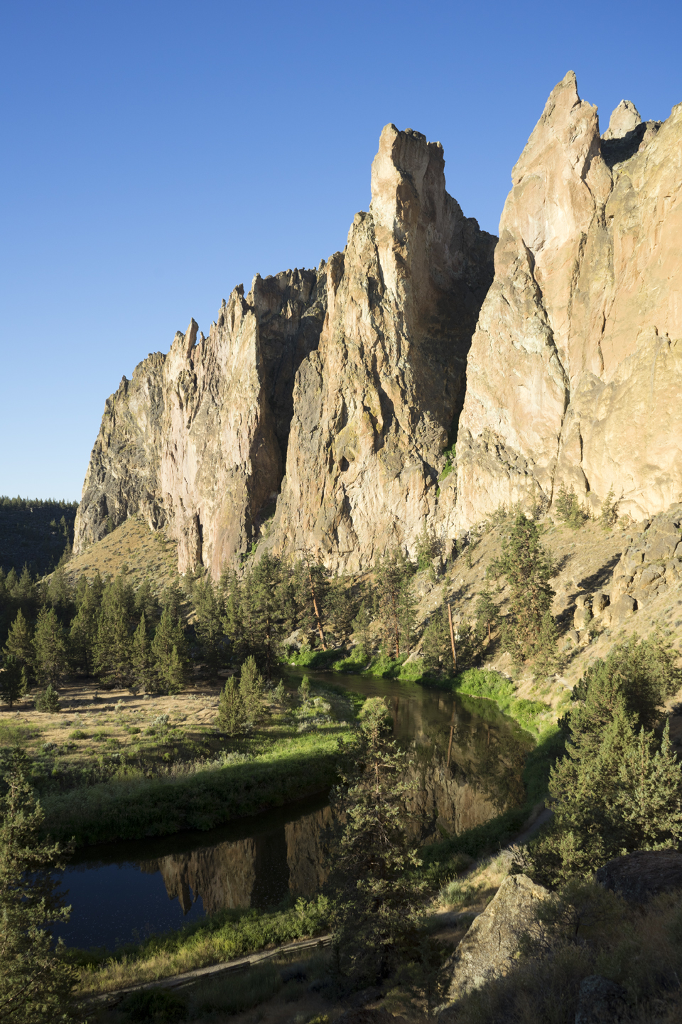 2017_JUL_Van Life_Smith Rock OR_001.jpg