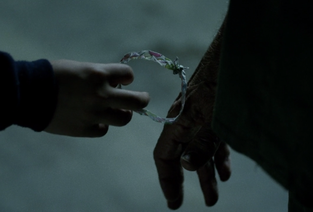 "Screenshot from Daredevil Season 1, Episode 7: ""Stick"", of the Ice Cream Wrapper Bracelet."